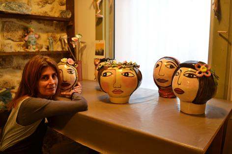 vase visage de femmes